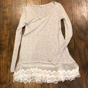 Heathered gray tunic with white sheer lace!